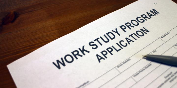 Permissão de estudo com visto de trabalho